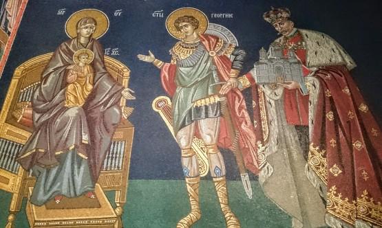 Ktitorska kompozicija u crkvi Svetog Đorđa: Sveti Đorđe privodi Kralja Petra I prestolu sa Bogorodicom i Hristom