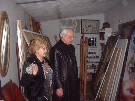 Kalajić i Olja u Oljinom ateljeu, 2005. Foto: Suzana Spasić